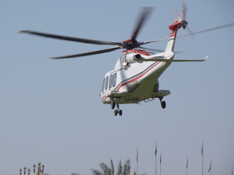 Helicoptere GP F1 Emirates palace Abu Dhabi UAE  simplified maintenance tasks helicopter vip transport