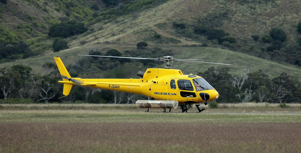 Helicopter Helicocean Poe airfield New Caledonia Eurocopter Ecureuil F-OIAH AS350 B2