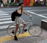 Sexy fixie Single speed Fixed-gear bicycle bike Tokyo street Japan young girl